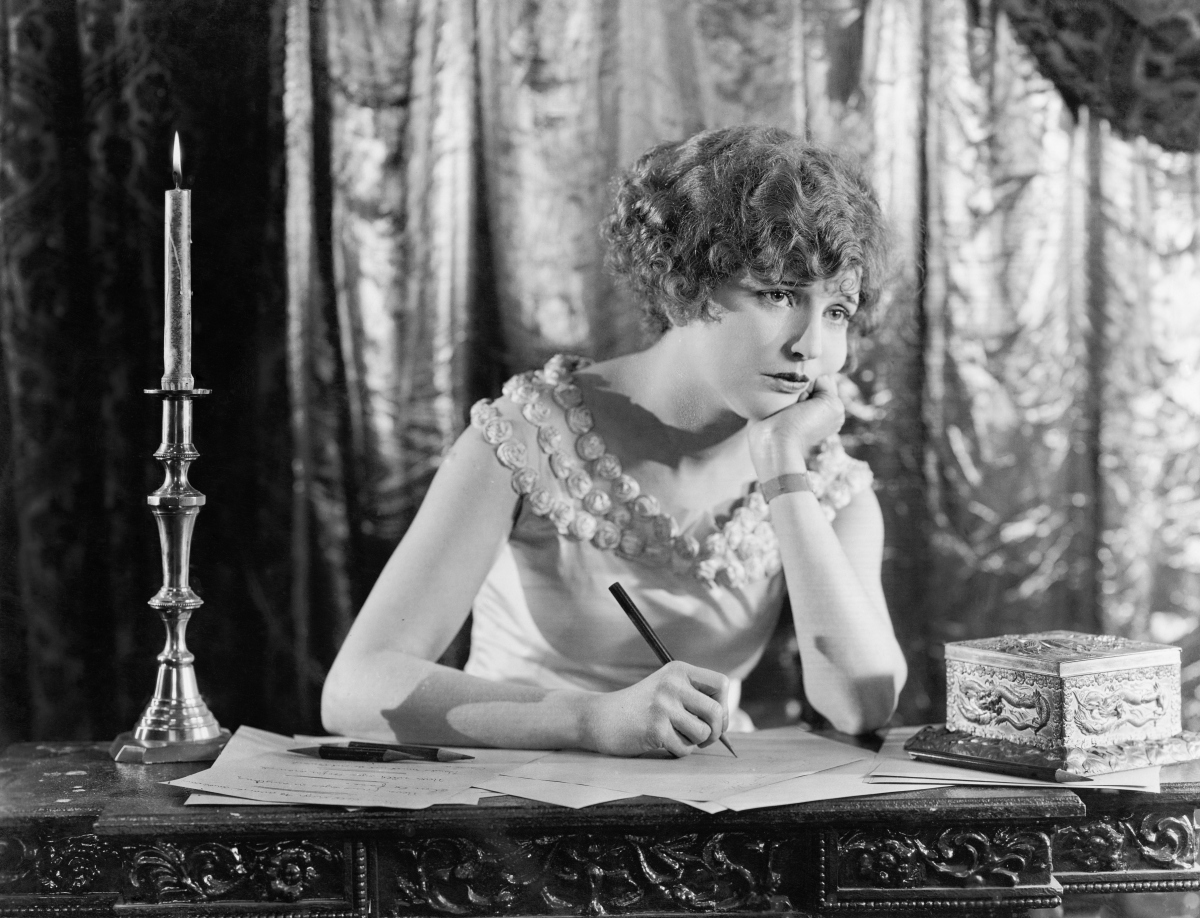 woman-writing-vintage